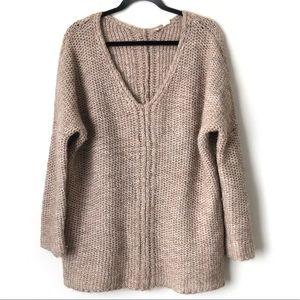 MOTH Anthropologie Chunky oversized Sweater Beige